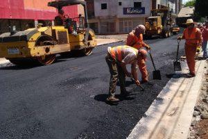 El 2019 arranca con el plan Pavimento sobre Empedrado en 51 municipios
