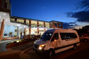 Herrera Ahuad entregó un vehículo para el área de discapacidad de Capioví