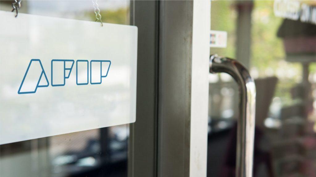 Hotelería y gastronomía: desde hoy no deberán requerir y archivar el formulario 8001 por la emisión de facturas A