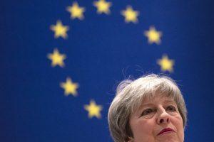 Brexit: Aumentan las presiones para que Theresa May renuncie