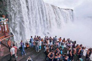 Bolsonaro quiere privatizar las Cataratas