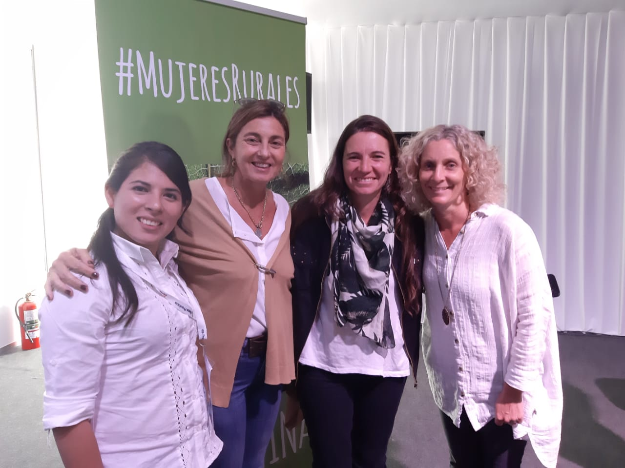 La Escuela de Robótica participó del primer encuentro nacional de Mujeres en el Agro