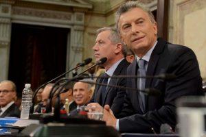 Con las mismas penas para el aborto, Macri envió al Congreso el nuevo código penal