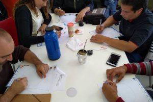 Formación docente: lanzan consulta sobre competencias digitales