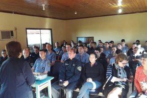 Capacitaron a personal policial de la Unidad Regional VIII