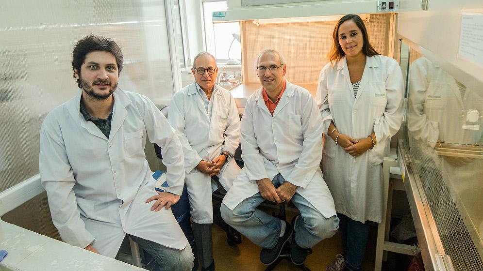 Pedro Ballestero, Oscar Gershanik, Juan Ferrario y Alejandra Bernardi. Foto: CONICET Fotografía/ Verónica Tello.