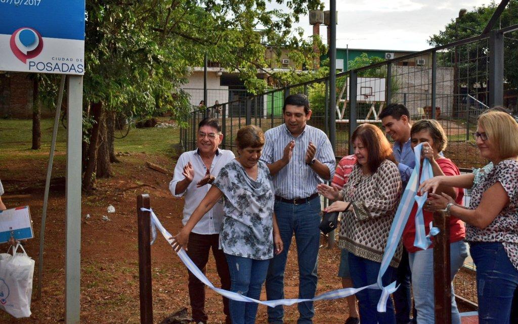 Presupuesto Participativo: Losada inauguró el playón deportivo de la Chacra 137