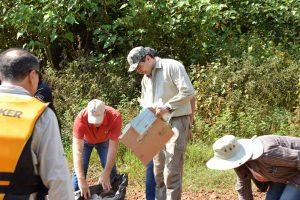 Se retiraron cinco toneladas de basura del río Uruguay, entre El Soberbio y San Javier