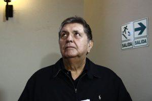 Internaron al expresidente de Perú Alan García: se habría disparado en la cabeza