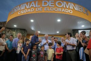 Passalacqua inauguró obras en Puerto Esperanza y Eldorado