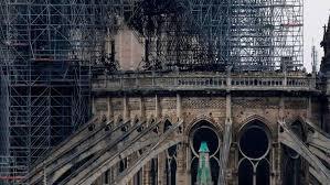 Millonarios franceses se vuelcan en las donaciones para reconstruir Notre Dame