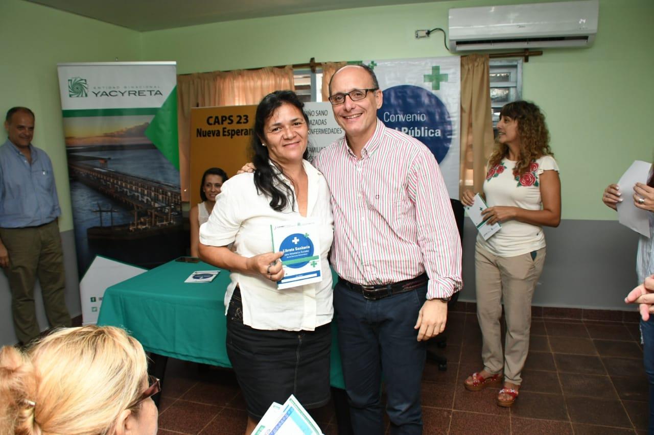 La EBY presenta libretas sanitarias para voluntarios sociales