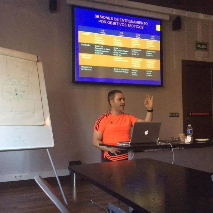 Se realizará en Posadas un seminario sobre «Táctica de fútbol»