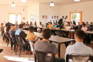 Jóvenes pidieron crear un sistema de becas universitarias con recursos provinciales