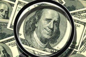 El dólar cerró a $ 63 para la venta en el Banco Nación y el Riesgo País llegó a los 1946