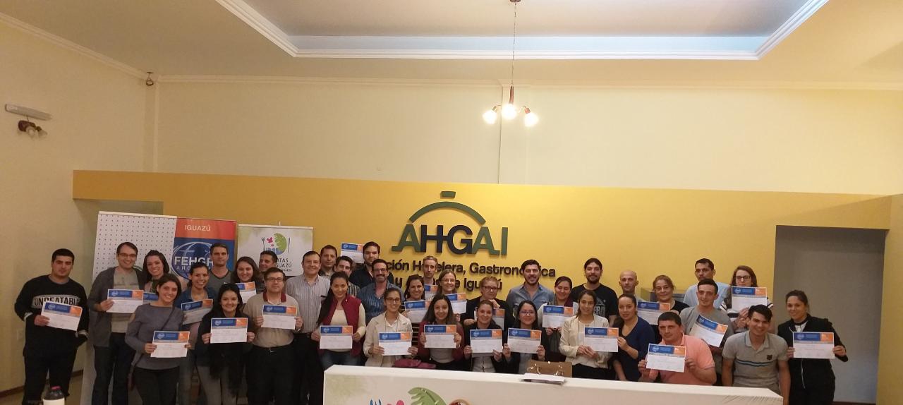 Filial Iguazú de FEHGRA organizó un nuevo curso con la presencia de 42 asistentes