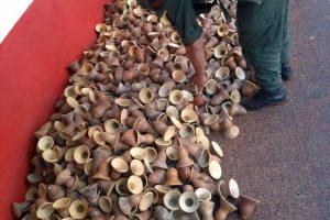 Incautan en Misiones 4.190 mates y 490 pares de zapatillas