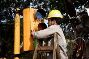 Posadas: reemplazanlámparas halógenas por led en los semáforos de Francisco de Haro y Comandante Rosales