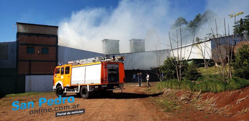 Se incendió la cooperativa yerbatera de San Pedro