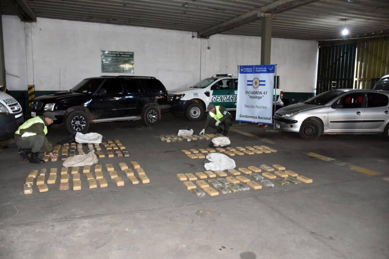 Gendarmería secuestró 875 kilos de marihuana y detuvo a siete personas