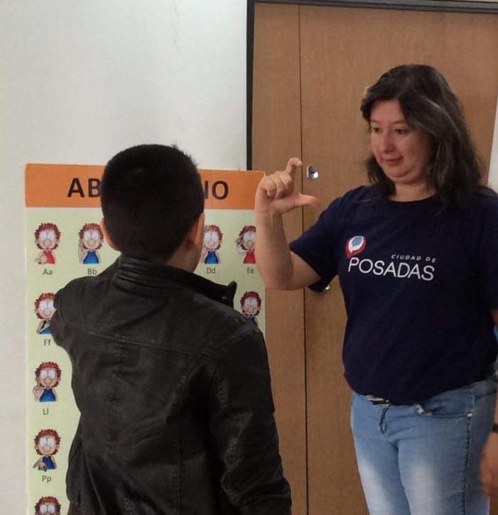 Unos 100 niños participan de los talleres de invierno de Lengua de Señas Argentinas