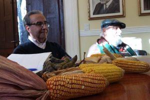 Presentan proyecto de Ley y piden apoyo a Herrera para proteger semillas nativas y criollas