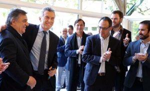 Macri detalló a los diputados oficialistas que «la prioridad es estabilizar la economía»