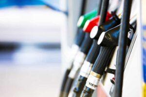 Mercado atomizado: tres marcas concentran el 90 por ciento de las ventas de combustibles
