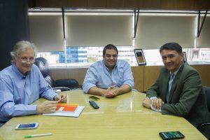 Triaca se comprometió a colaborar para lograr una suba del precio de la yerba mate