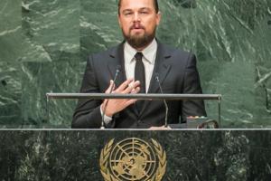 Leonardo DiCaprio responde las acusaciones de Bolsonaro sobre la quema del Amazonas