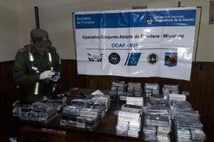 San José: incautan 590 celulares sin aval aduanero ocultos en las ruedas de auxilio de un camión
