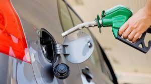 Postergan un aumento en combustibles por un cambio impositivo