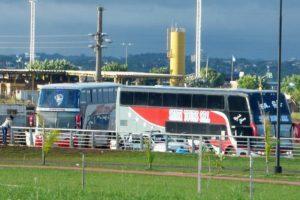 Asimetrías: Hasta 60 buses por día llegan a la frontera para compras en Encarnación