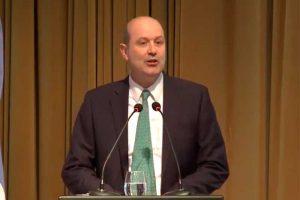 Sturzenegger: «Si vamos a cumplir la meta de inflación, necesitamos una política monetaria dura»