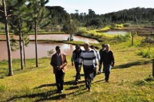 Funcionarios de Entre Ríos conocieron la actividad piscícola de Campo Viera