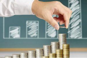 Además de tomar un crédito, se puede invertir en un plazo fijo atado a la UVA