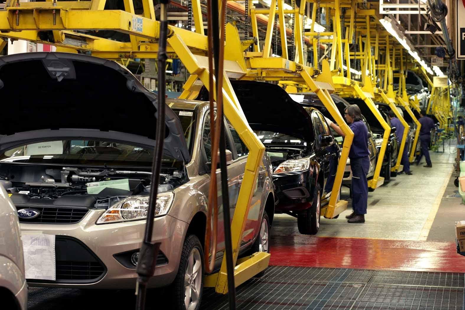 La venta de autos cayó un 42,8% en febrero