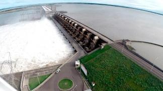 Habilitarán la circulación de tránsito vehicular internacional sobre la represa de Yacyretá