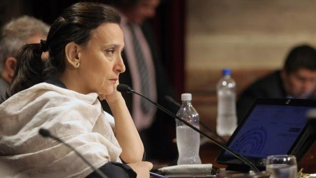 Michetti eligió el camino más largo para el proyecto de aborto legal y fue blanco de críticas