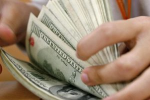 Necesitamos urgente más educación financiera y un mercado de capitales más grande
