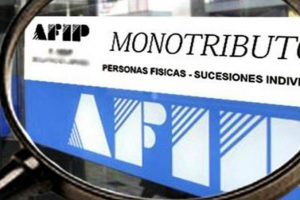 Monotributo: la AFIP avanza con la recategorización de oficio