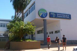 Charla para abogados sobre la función de un Escribano en la UCP sede Posadas