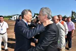 Llegó Macri a Iguazú para una cumbre de gobernadores del NEA y agenda con empresarios que genera expectativas