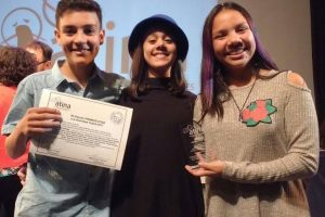 La familia Fernández premiada por ATINA