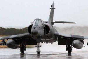 El Gobierno autorizó la compra de cinco aviones de combate por US$15 millones