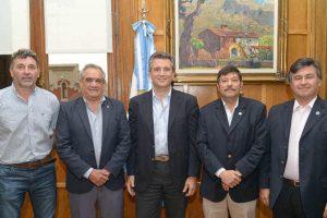 En alerta, los referentes del campo piden reunirse con Macri: «La situación es grave»