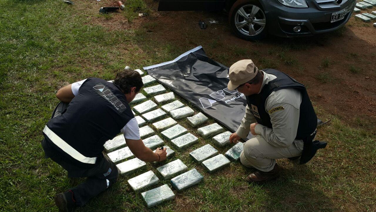 Aduana decomisó 89 kilos de cocaína en Corpus