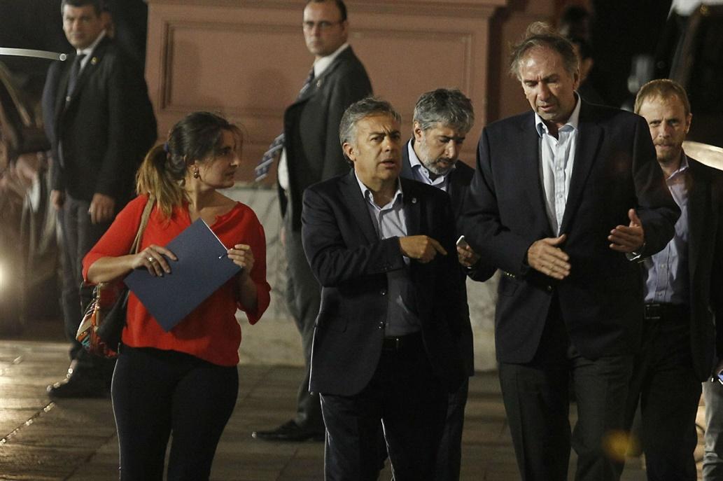 Macri se reunió con la Mesa Nacional de Cambiemos y ratificó los aumentos de tarifas