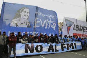 «No al FMI»: Marchan a Plaza de Mayo