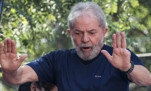 Brasil: Lula confirma su candidatura y el PT sondea a Amorim como vice